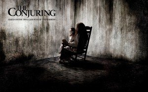 Conjuring - Les Dossiers Warren  dans FANTÔMES 3221453-the_conjuring_movie-wide-300x187