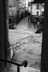 Chapitre 7 - 3ème partie  dans R.J. Carré-Lapresad 200001_paris_rue_saint_blaise-200x300